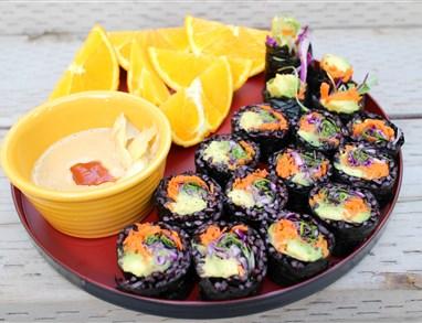 Veganski sushi s črnim rižem