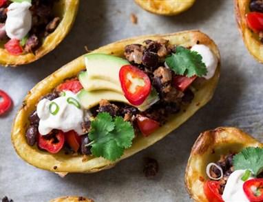 Krompirjeve ladjice z mehiškim nadevom